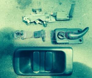 Замок двери боковой правой сдвижной электр Nissan Interstar 1998-2010 1402